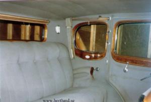 1932 Cadillac V-12 5-p sedan
