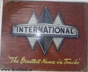 "International ""The Greatest Name in Trucks"""