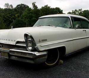 1957 Lincoln Premiere 4-Door Hardtop